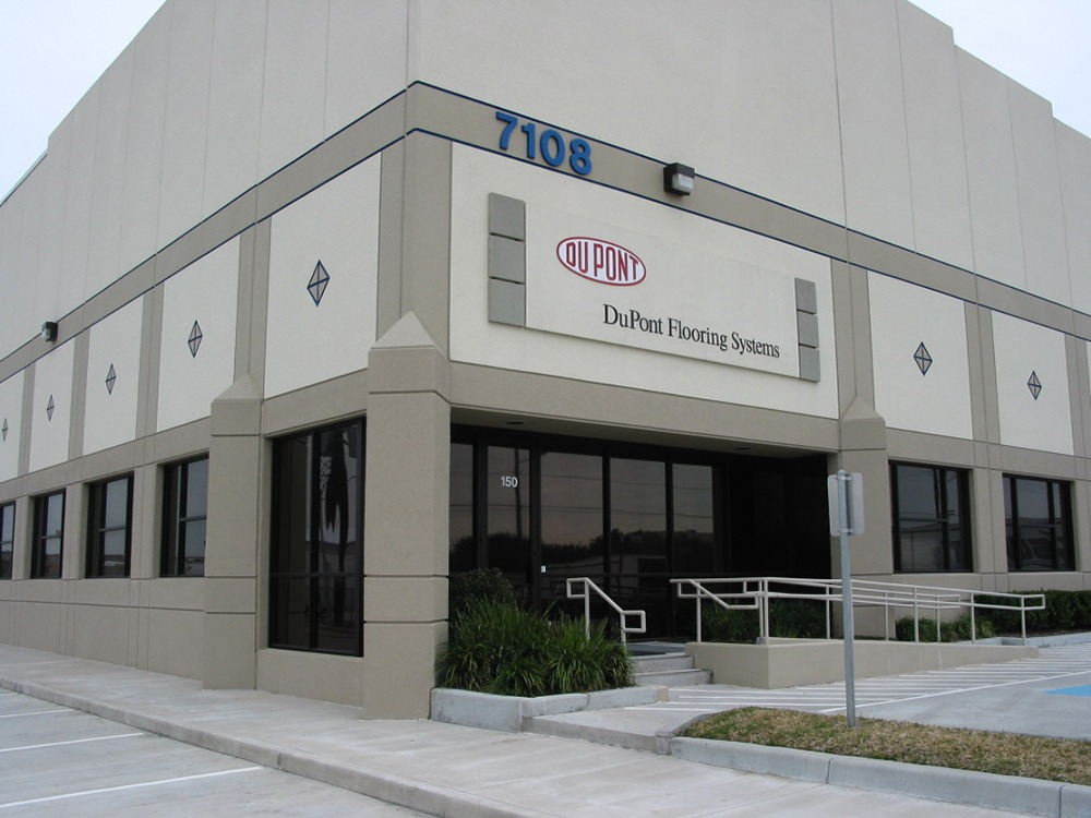 DuPont store front photo